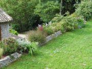 Jardiniere-econome-creation-gard