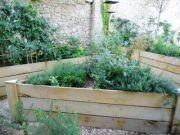Jardiniere-bois-chataignier